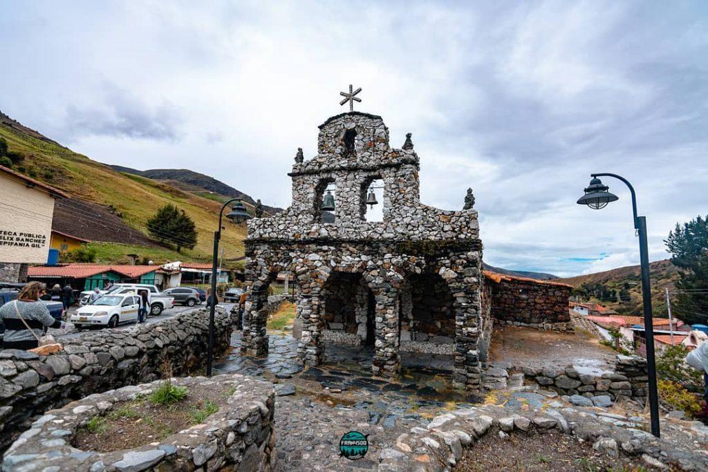 Capilla de Piedra de   Juan Félix Sánchez